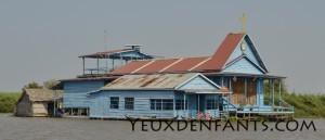 Tonle Sap - Église flottante