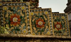 Bangkok - Fleurs de porcelaine (Wat Pho)