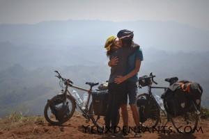Région de Phoukhoun - L'amour sur la route