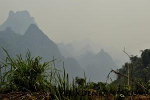 Au sud de Phoukhoun - Lueurs montagneuses