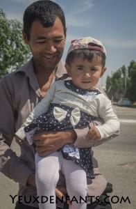 Sur la route entre Boukhara et Samarcande - Rencontre ouzbèque