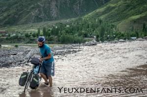 Entre Dushambé et Qalai Khum - Quand la nature impose ses conditions de passage